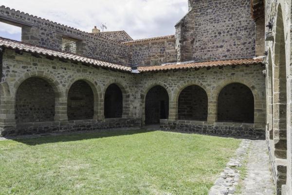 01 Fectival Chanteuges -L'abbaye 1 (9)