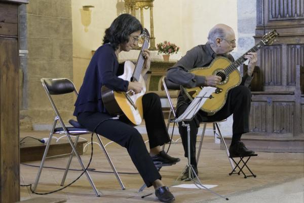 06 Festival de Chanteuges - Critina Azuma et Paulo Bellinati (13)