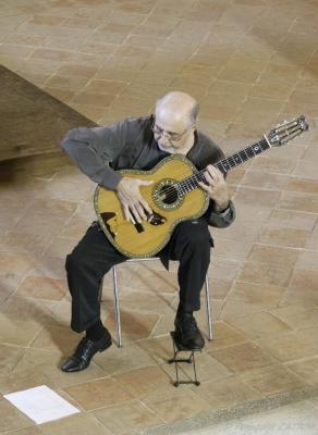 06 Festival de Chanteuges - Critina Azuma et Paulo Bellinati (16)